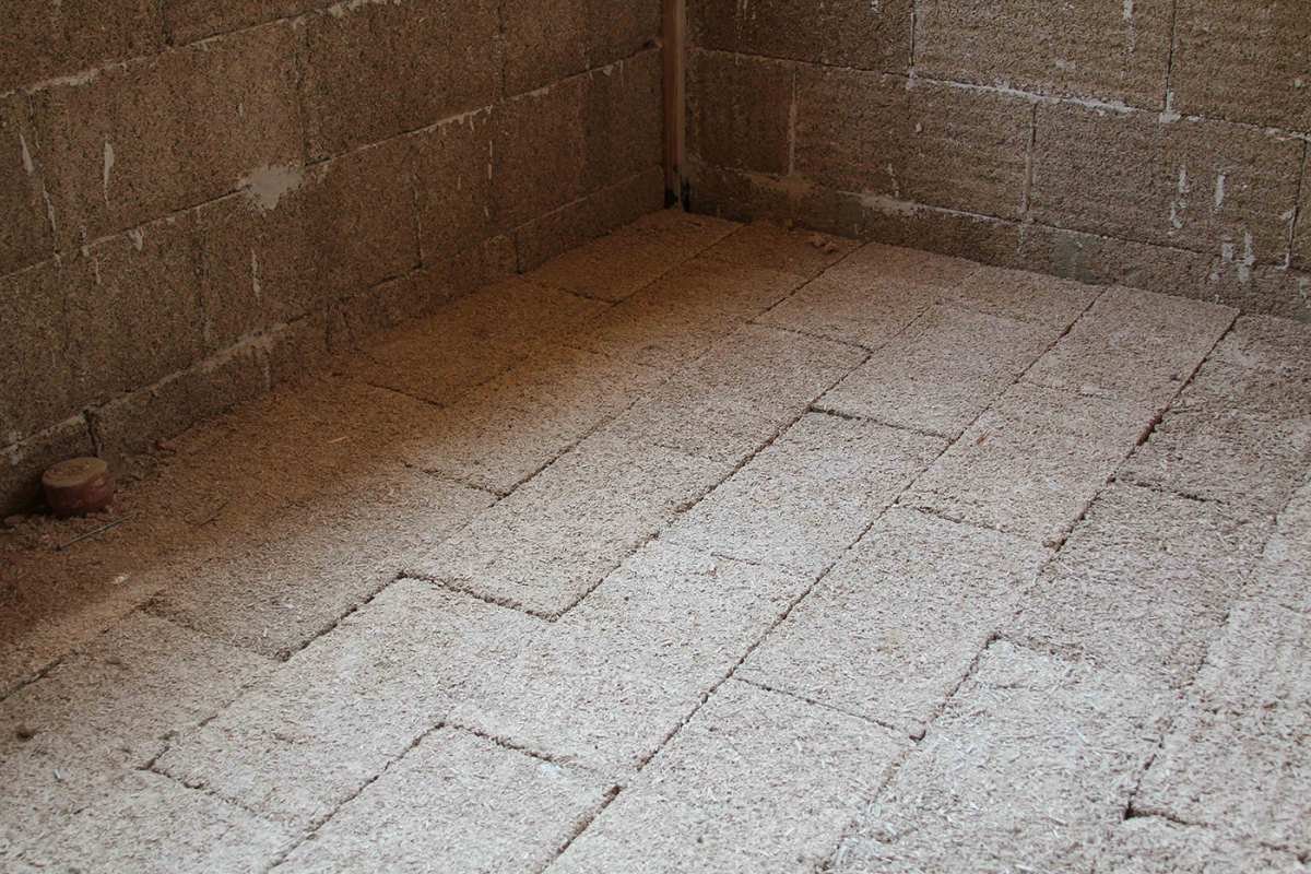Insulating Floors With Hempcrete Blocks Isohemp Sustainable